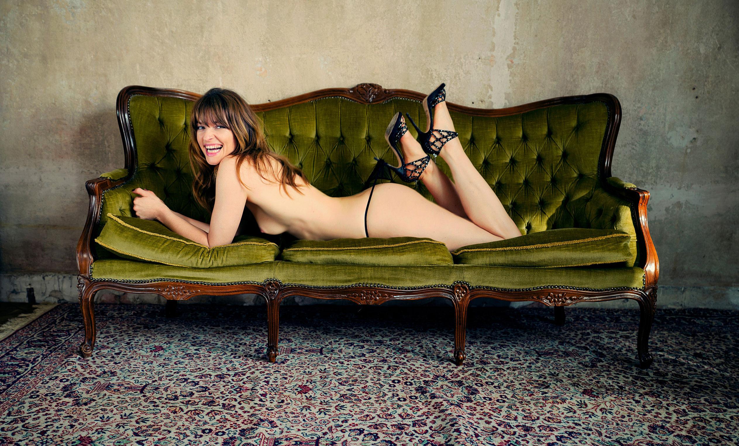 Звезда июльского номера Playboy Германия - актриса и музыкант Ина Пауле Клинк / фото 07