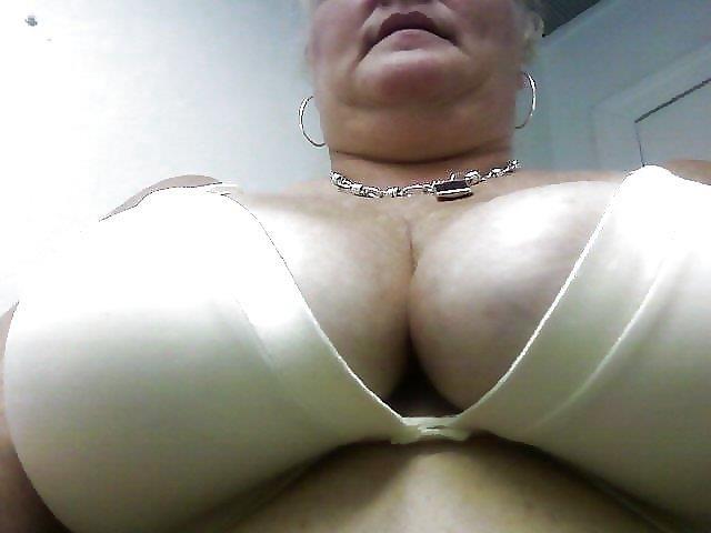 Nude granny big boobs-5484