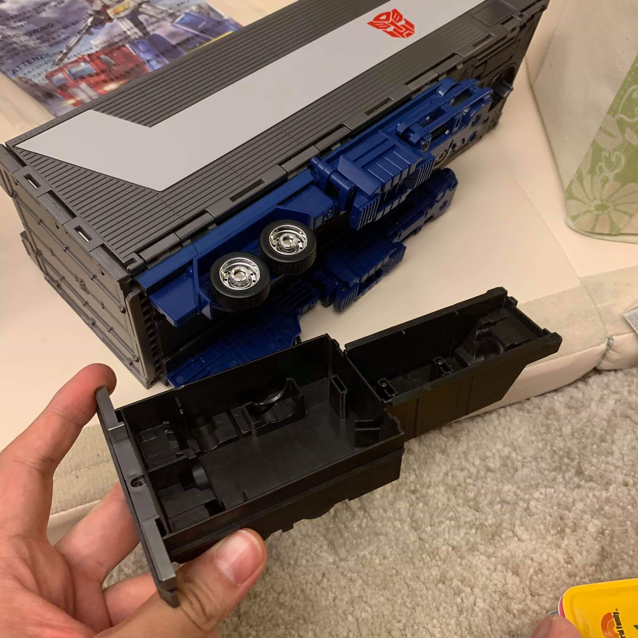[Masterpiece] MP-44 Optimus Prime/Optimus Primus v3.0 - Page 6 SzeG2gYz_o