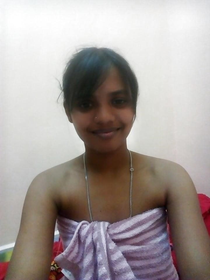 Naked college girl selfies-1049