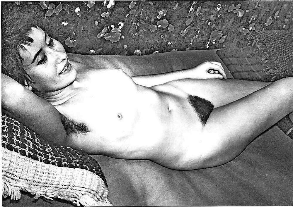 Older nude hairy women-4039