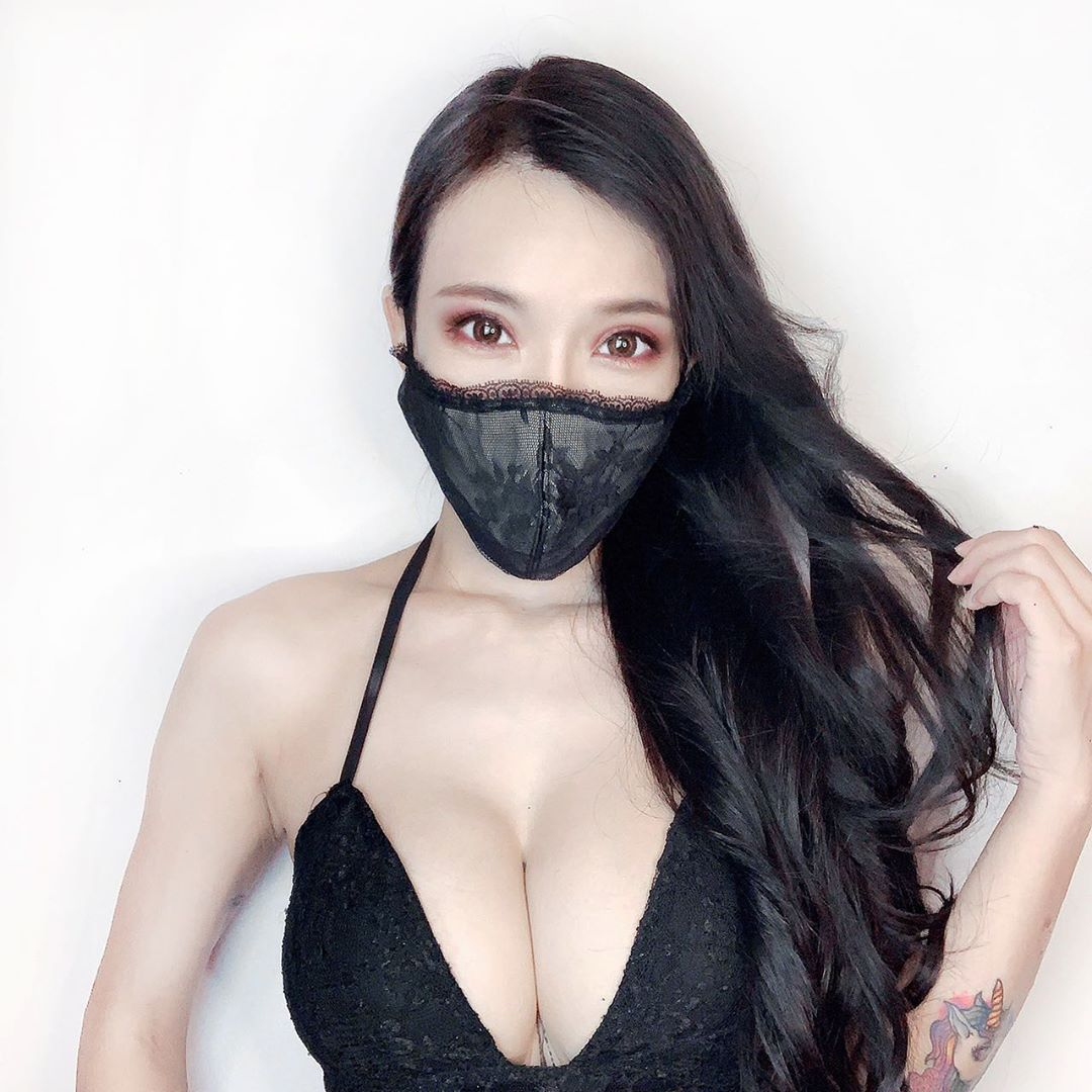 BygBQxyL o - IG正妹—Jocelyn Kao牛奶兒