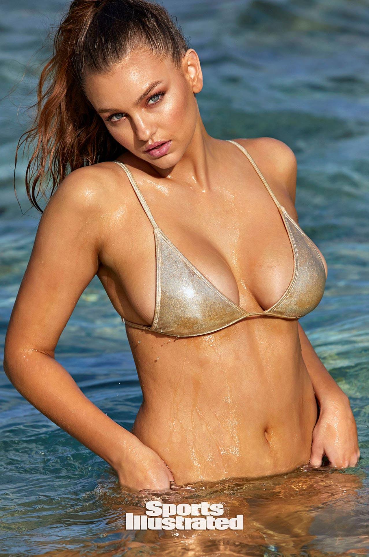 Оливия Брауэр в каталоге купальников Sports Illustrated Swimsuit 2020 / фото 08