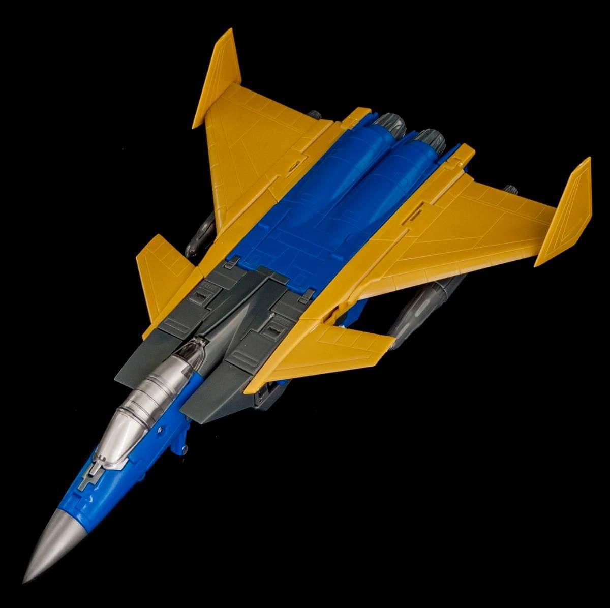 [Maketoys] Produit Tiers - Jouets MTRM-15 Endgame (aka Dirge/Funébro), MTRM-16 Jetstream (aka Thrust/Fatalo) & MTRM-17 Booster (aka Ramjet/Statoréacto) QpUleFiI_o