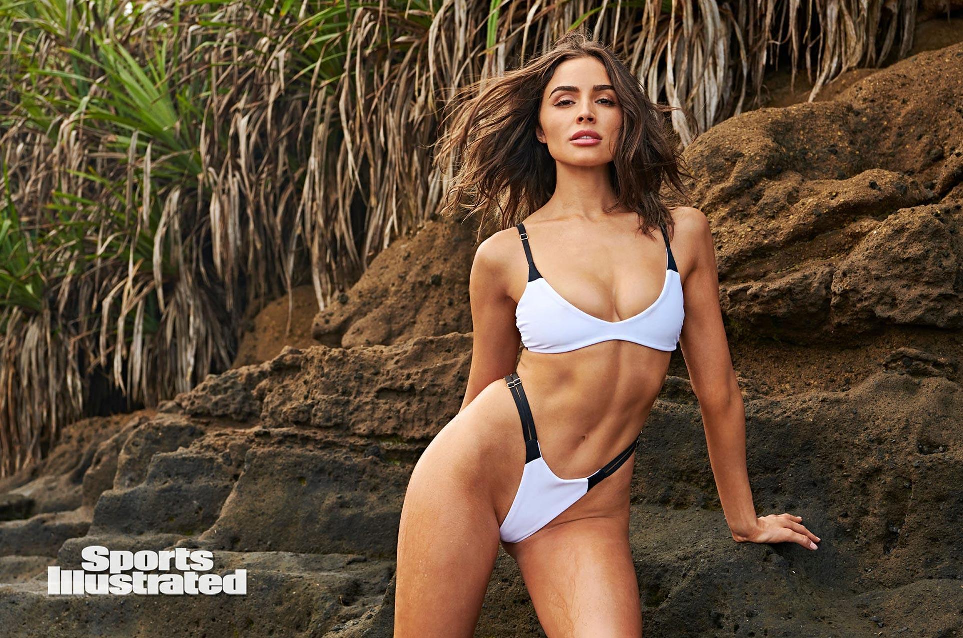 Оливия Калпо в каталоге купальников Sports Illustrated Swimsuit 2020 / фото 10