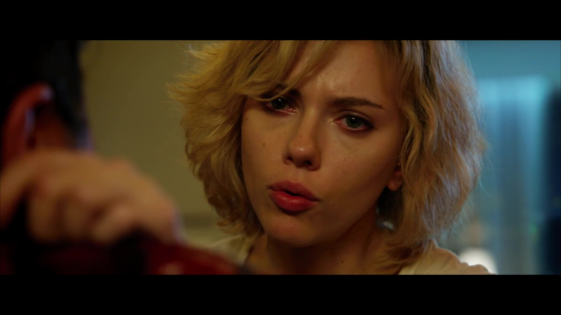 Lucy 1080p Lat-Cast-Ing 5.1 (2014)