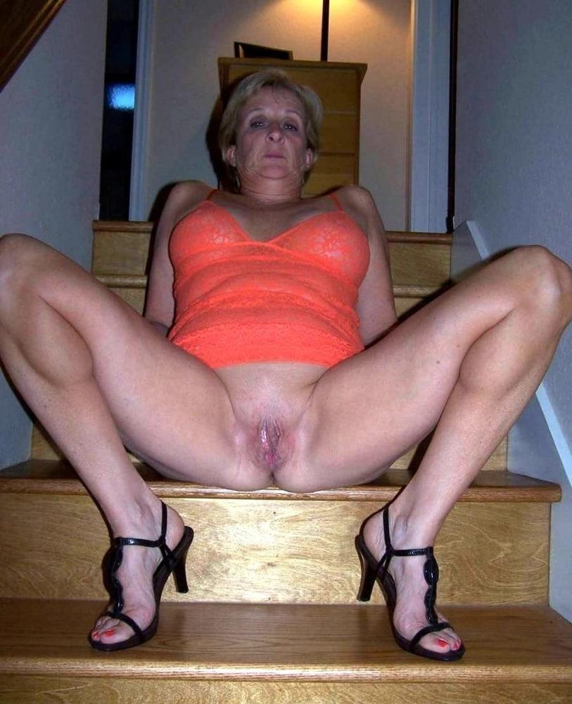 Mature women sex pics-3402
