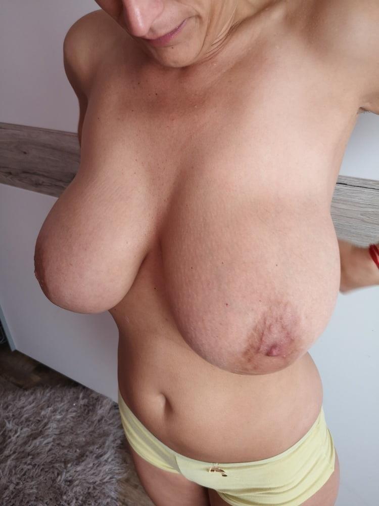 Nude huge big boobs-4104