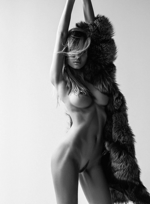 голая Марина Полнова / фото 03