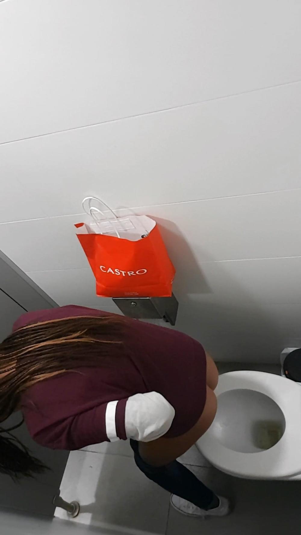 Public toilet spy cam porn-4091