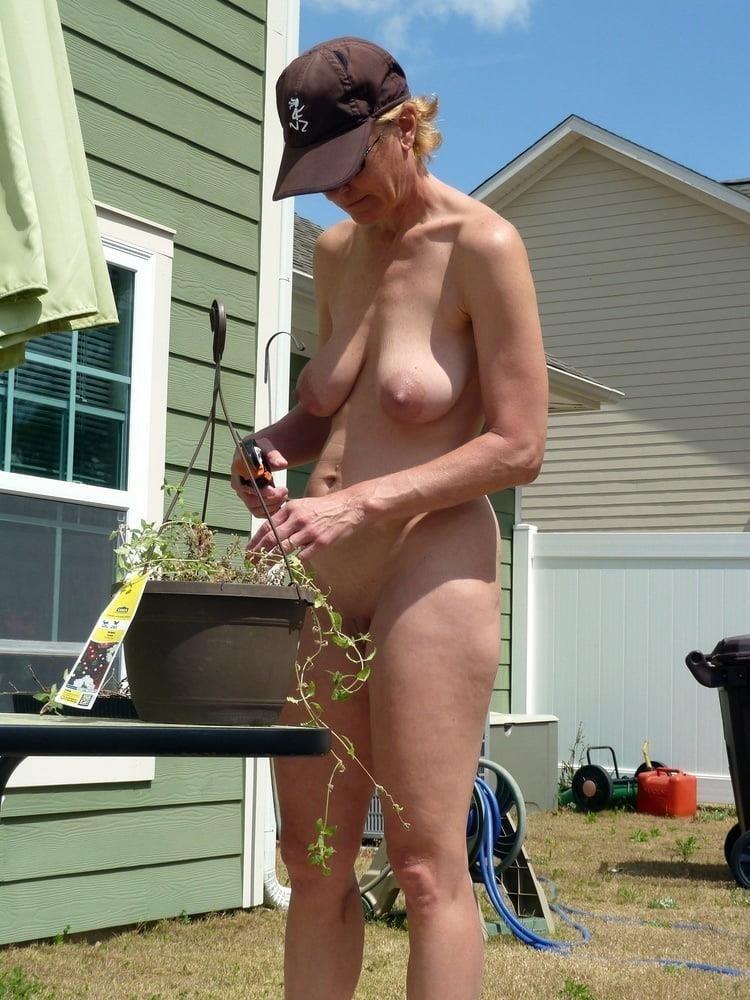 Porn pics mature amateur-7459