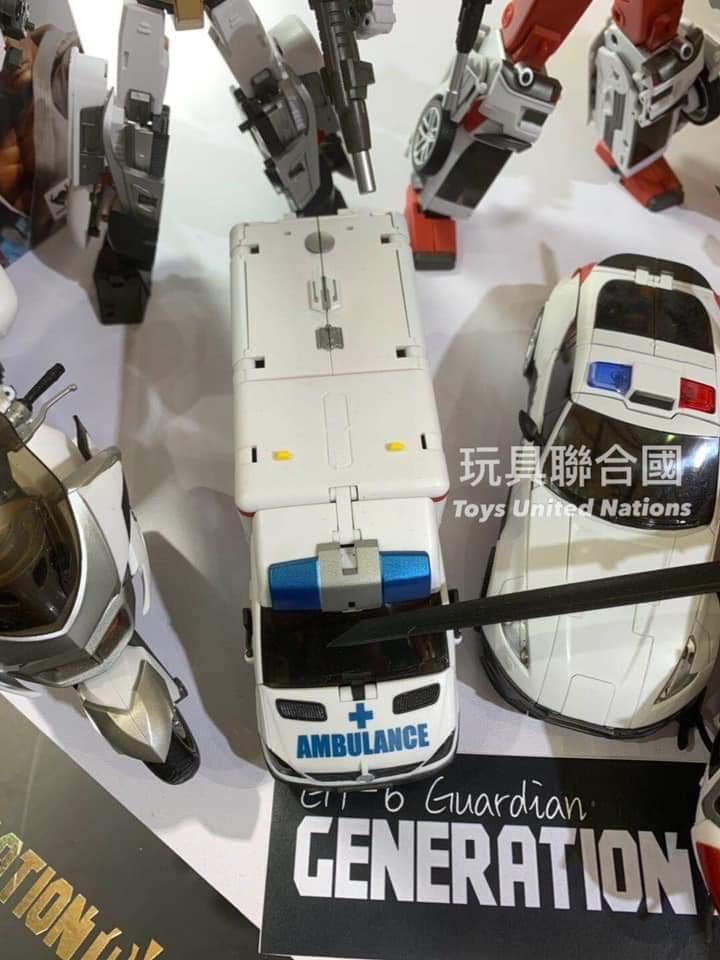 [Generation Toy] Produit Tiers - Jouet GT-08 Guardian - aka Defensor/Defenso - Page 3 BLiWLonB_o