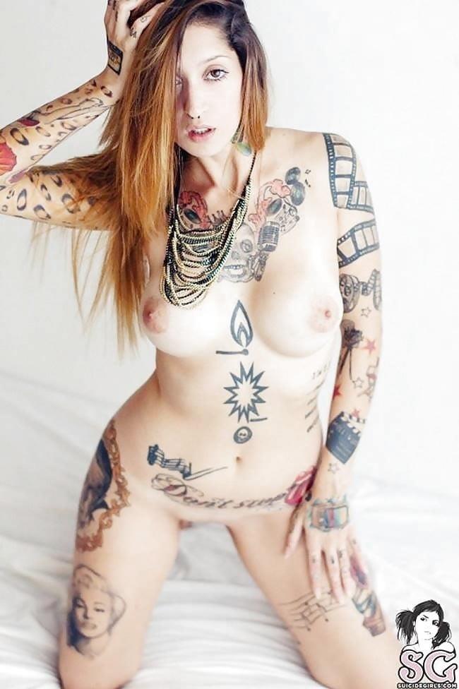Sexy tattoo girls nude-5746