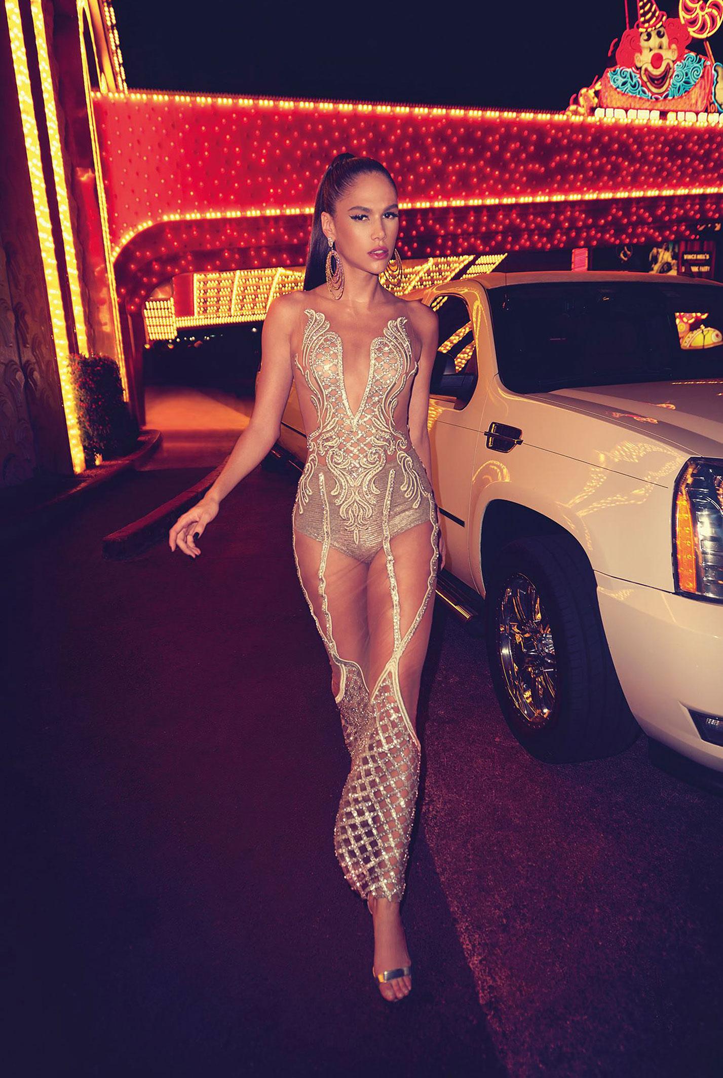 Даниэлла Понтес на вечеринке в Лас-Вегасе / фото 18
