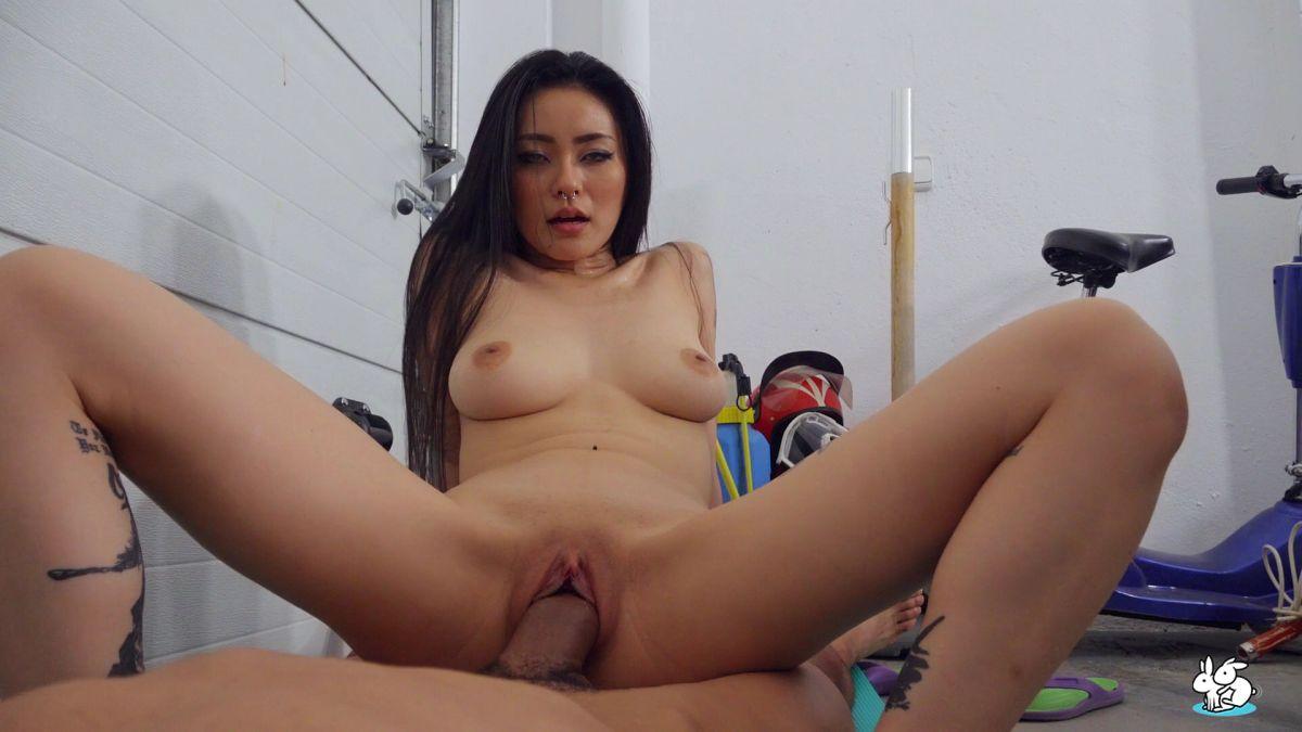 Rae Lil Black – Asian Babe Fucks Her Boyfriend In The Garage – True Amateurs
