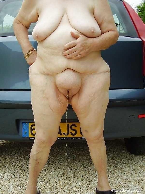 Naked older white women-9801