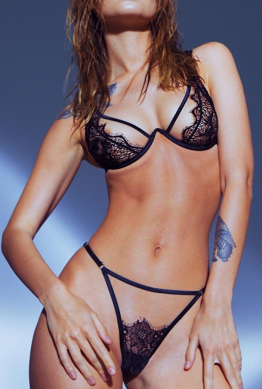 Анастасия Щеглова в сексуальном нижнем белье God Save Queen / фото 18