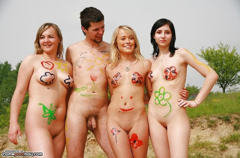 Outdoor nude babe-1274
