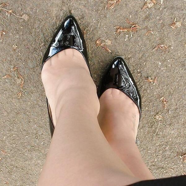 Feet and heels fetish-8647