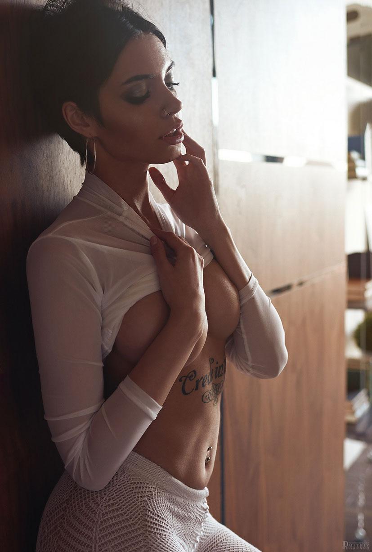 Сексуальная и почти голая Таня Фрост / фото 18