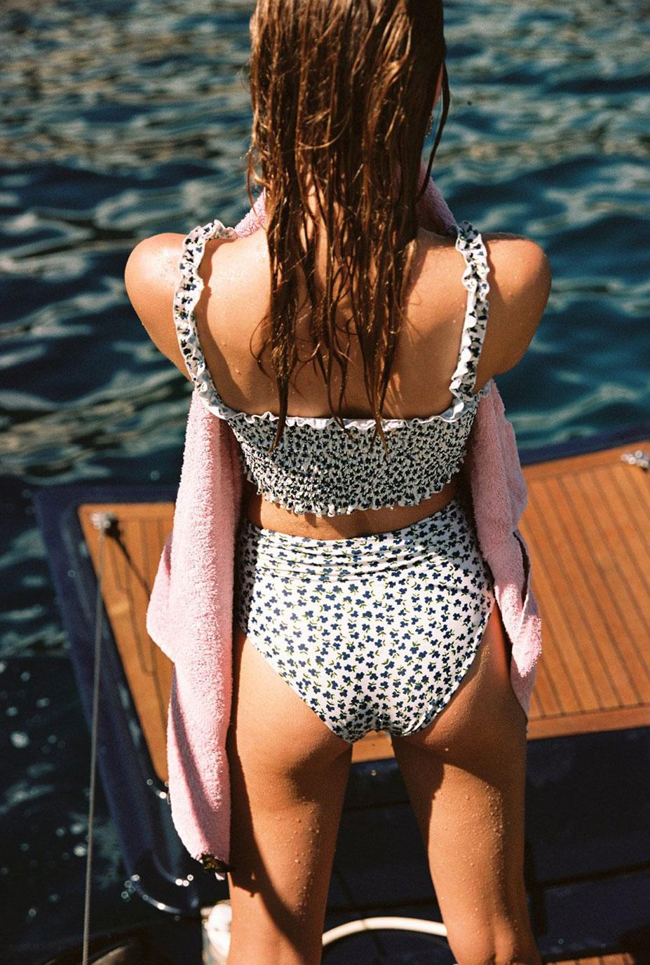 Отдыхаем на пляжах Хорватии с фотомоделью Мэдисон Хедрик / фото 06
