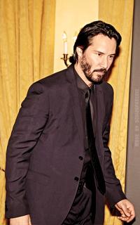 Keanu Reeves CmbchJOb_o