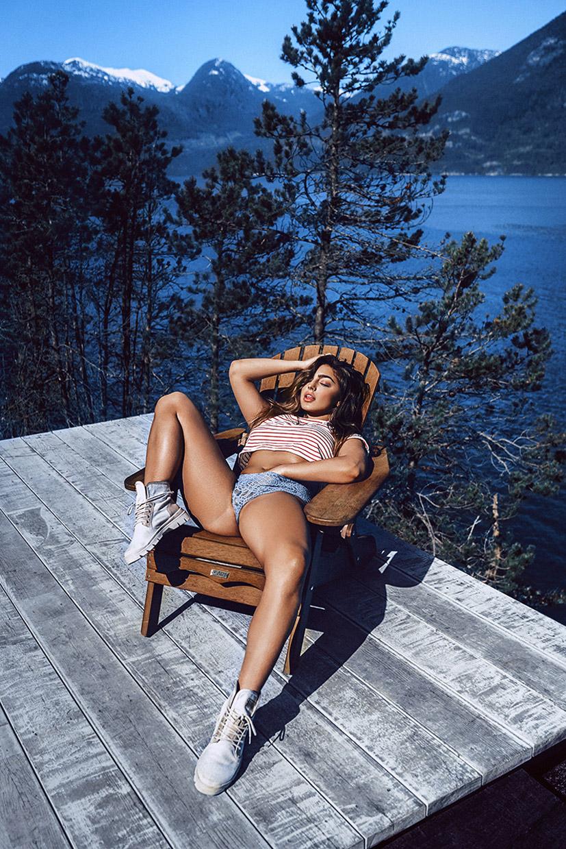 девушки в кругосветном путешествии на фотографиях Джефа Ломбардо / Jeff Lombardo