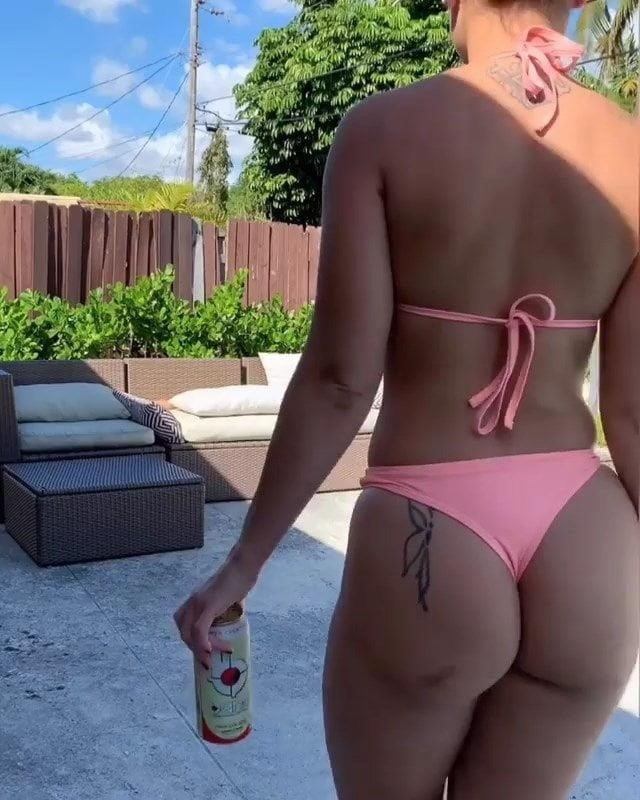 Angie varona nude selfie-2087