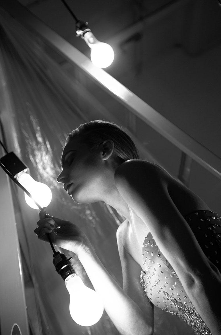 Lip Syncing Dead Singers - Katherine Neff by Khoa Bui