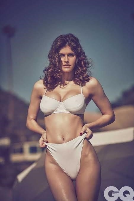 Sexy tight boobs pics-8037