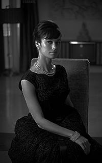 Olga Kurylenko QLHUejCN_o