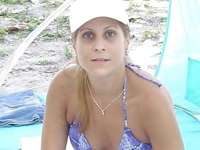 Beautiful mature women in bikinis-5369