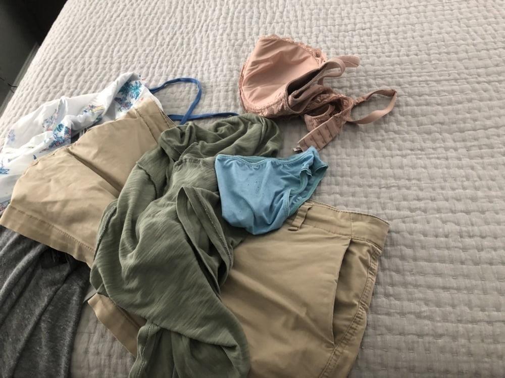 Dirty girls bukkake panty raid 8-7715