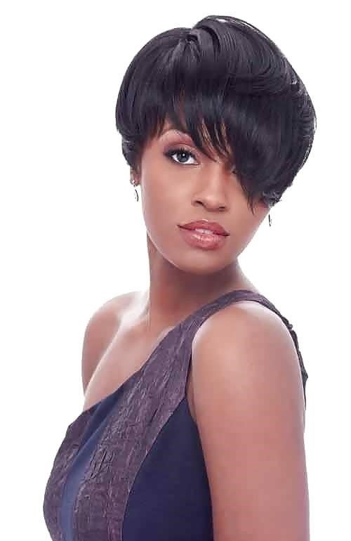 Different short hairstyles for black ladies-8319