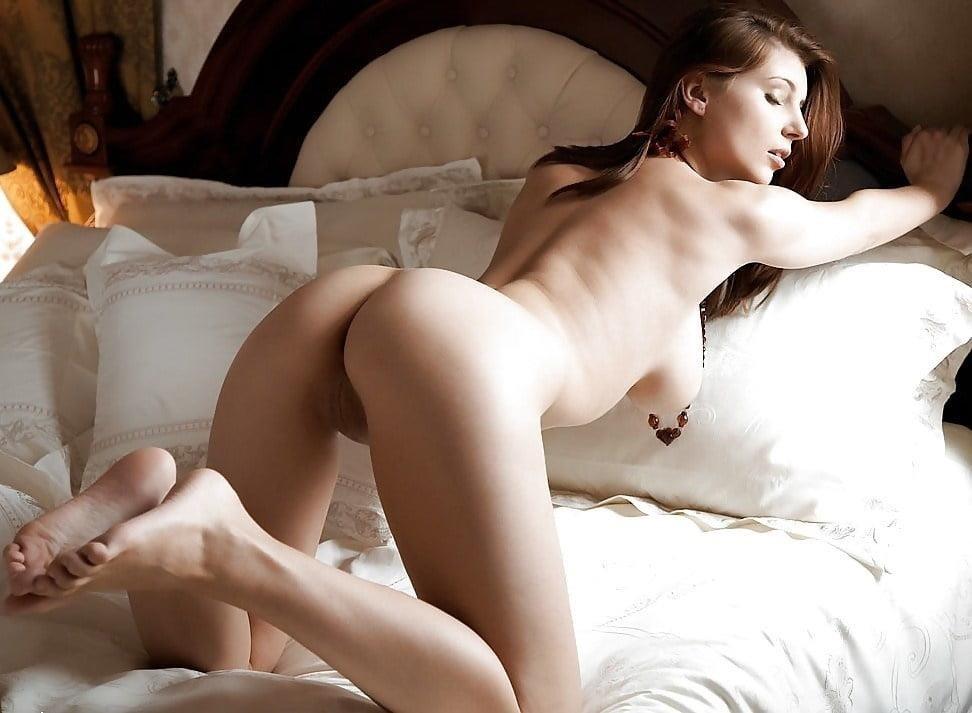 Naked women cunnilingus-3492