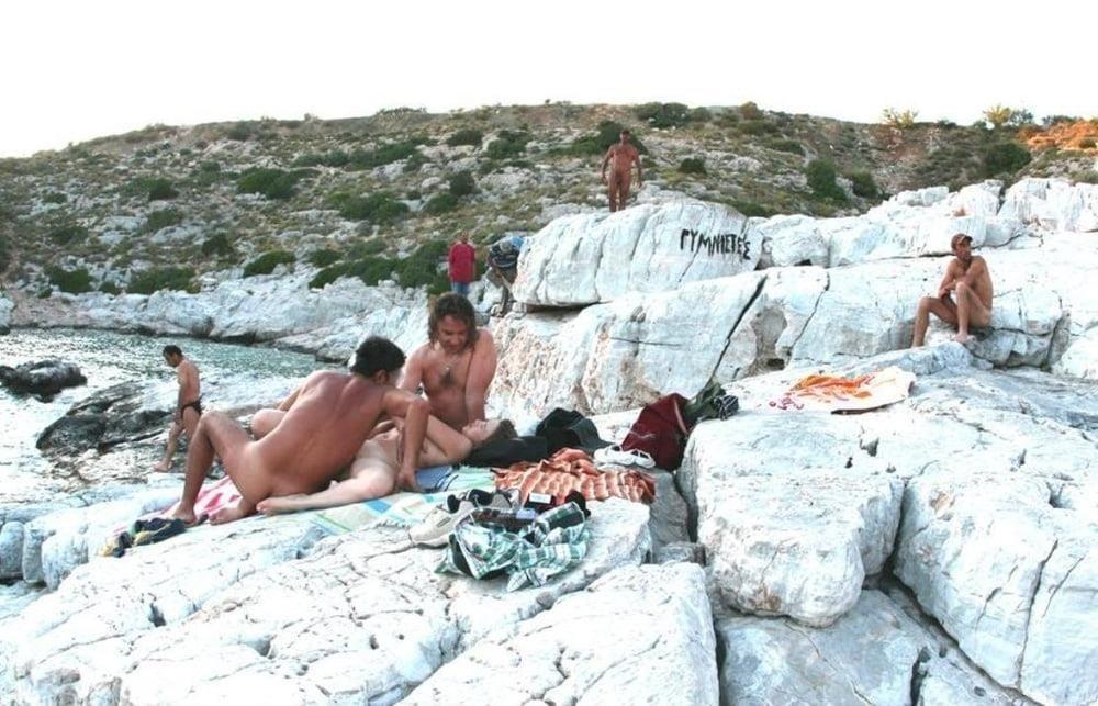 Amateur public threesome-2002