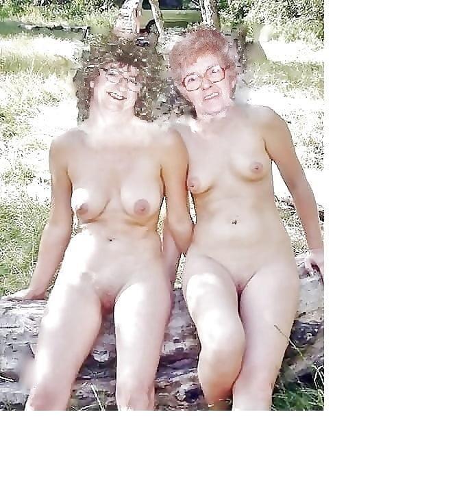 Lovely naked milfs-7345