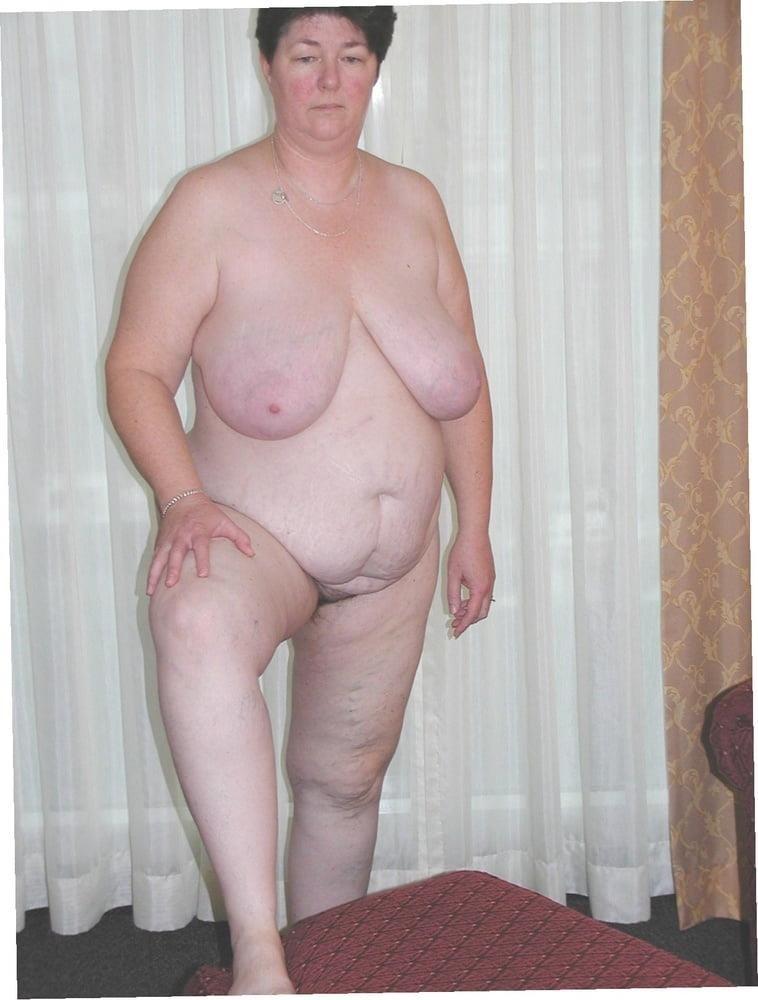 Big milf big tits-9038