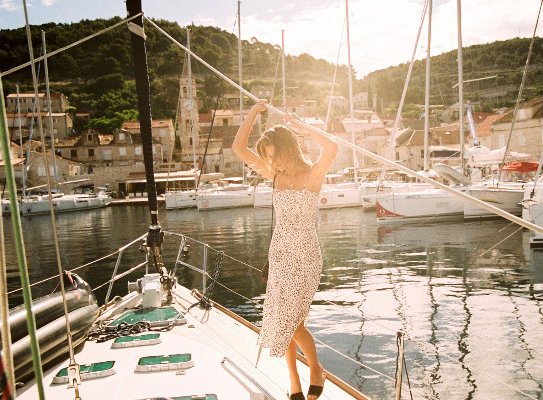Отдыхаем на пляжах Хорватии с фотомоделью Мэдисон Хедрик / фото 15