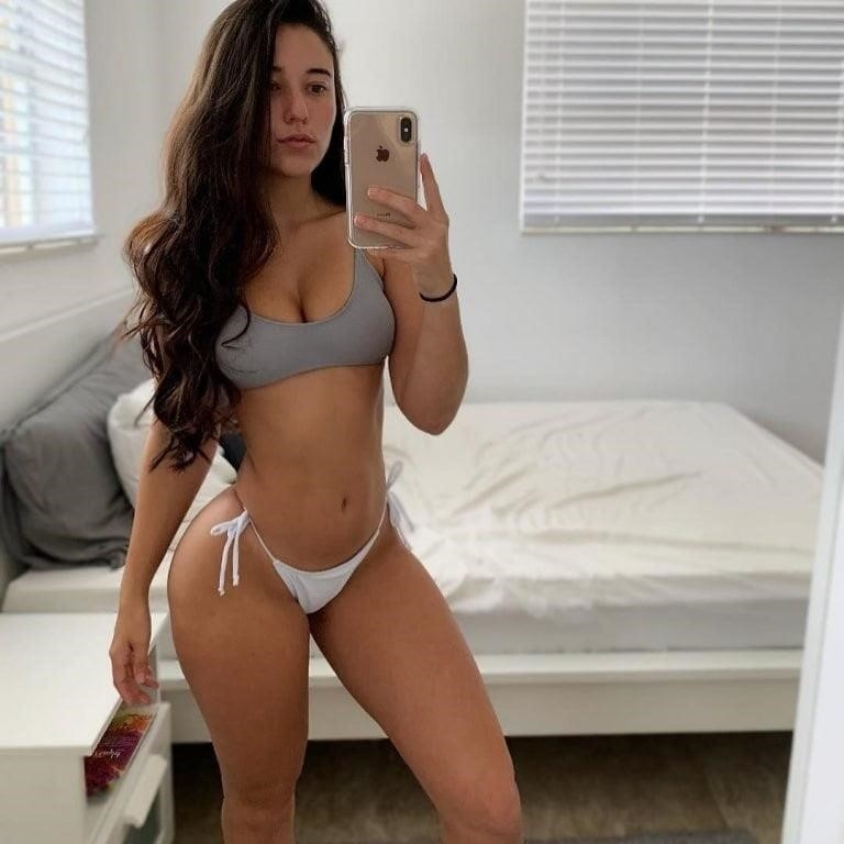 Angie varona nude selfie-8209