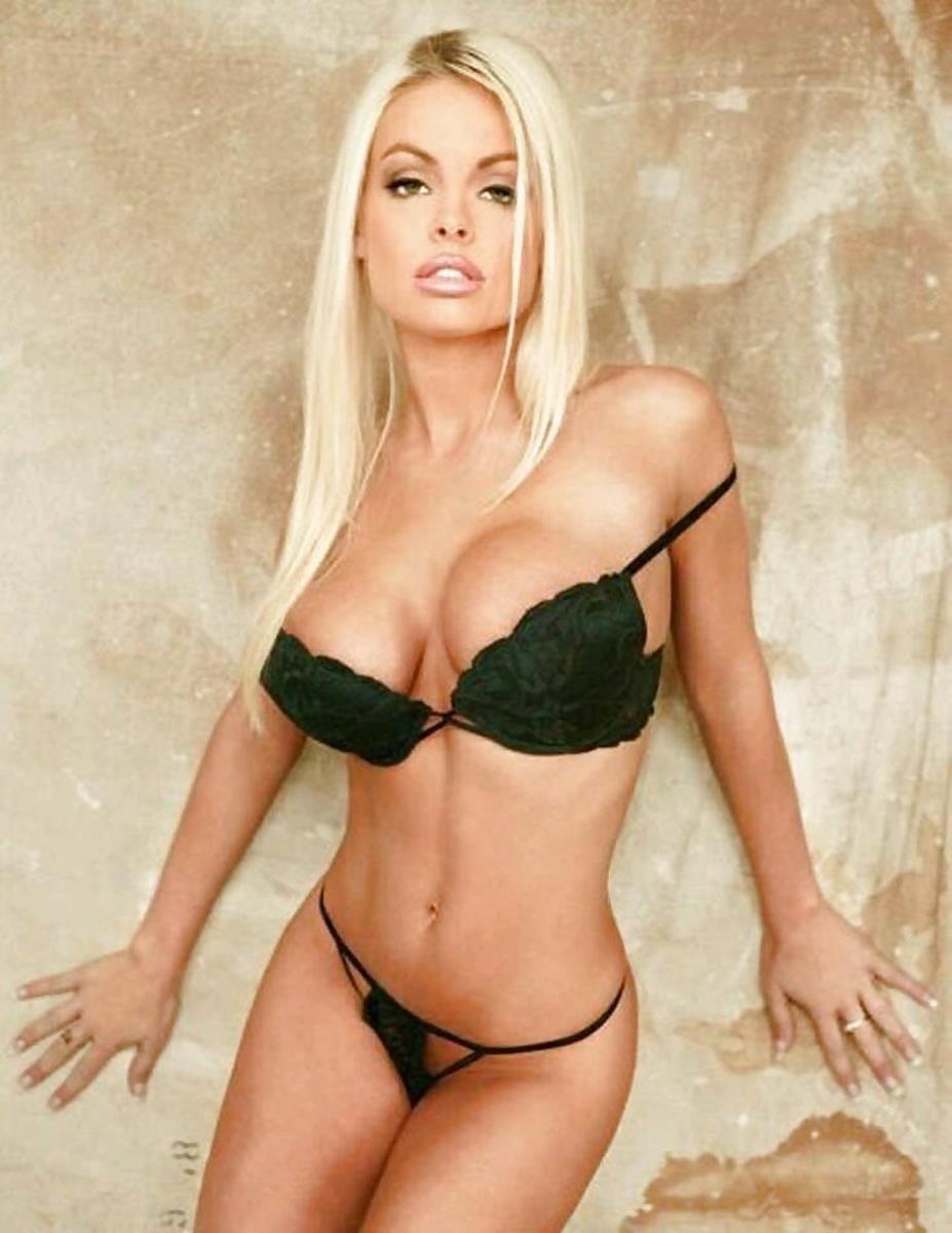 Beautiful hot girl boobs-8467