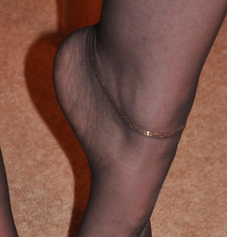 Nylon feet porn hd-1743