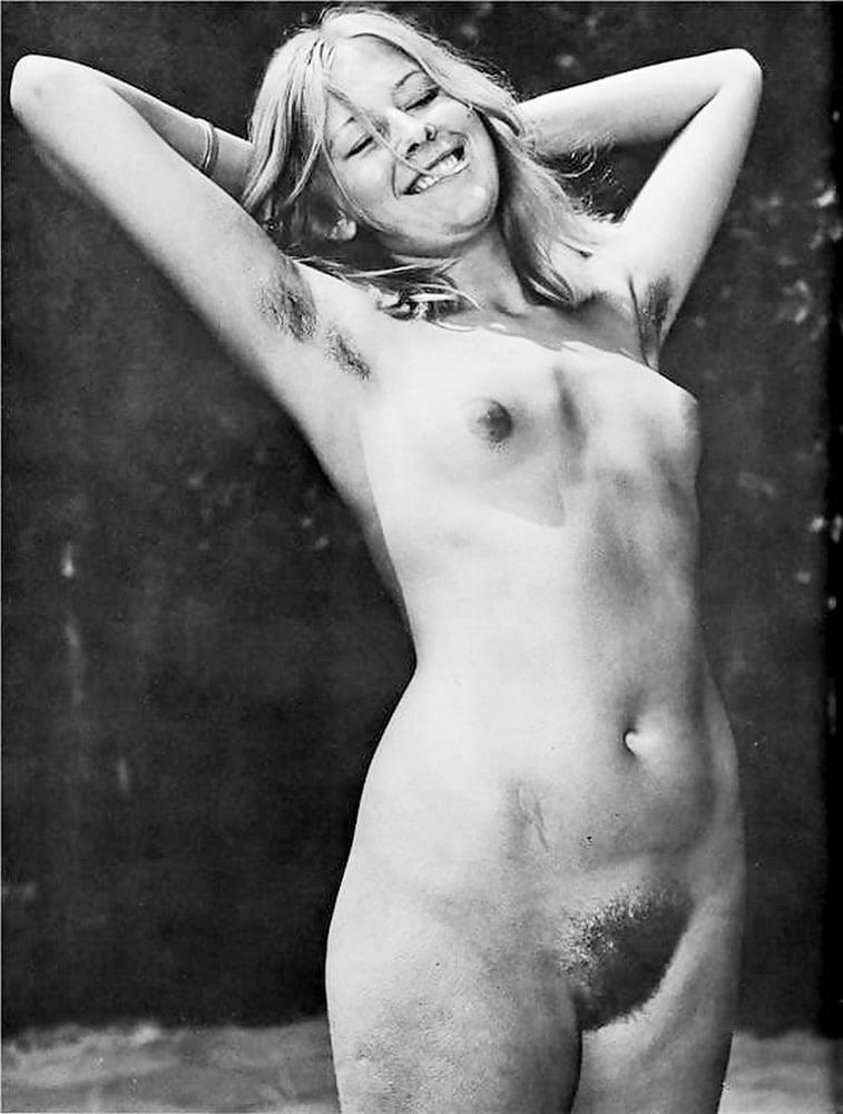 Older nude hairy women-5575