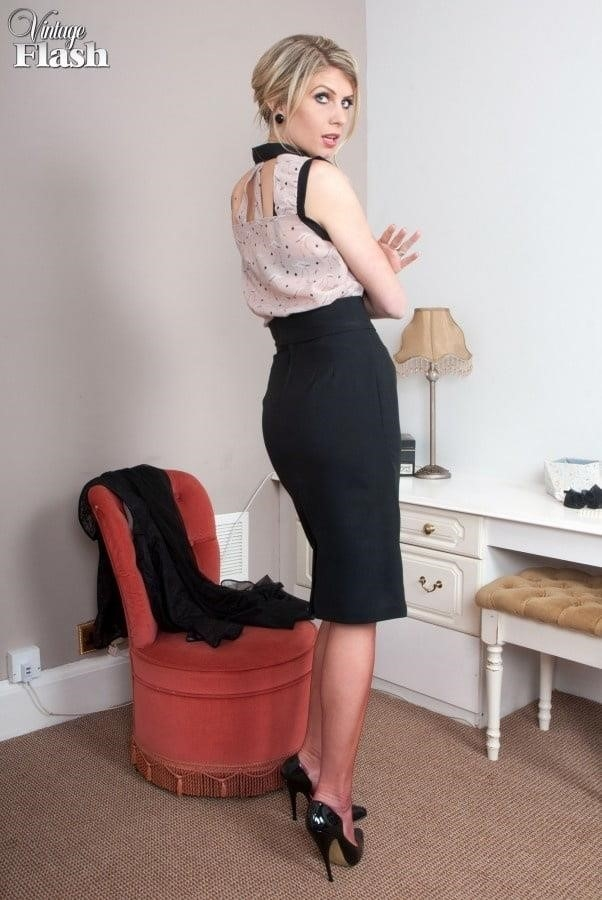Genuine leather pencil skirt-1527