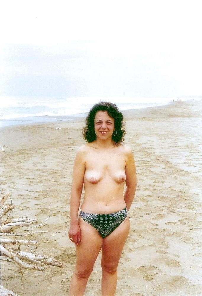 Public beach swinger-3253