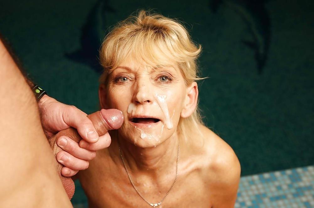 Massive female orgy-4083