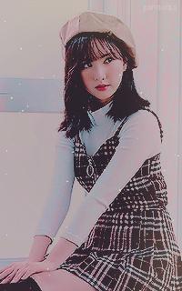 Jung Eun Bi - Eunah (GFRIEND) B2BbhYTn_o