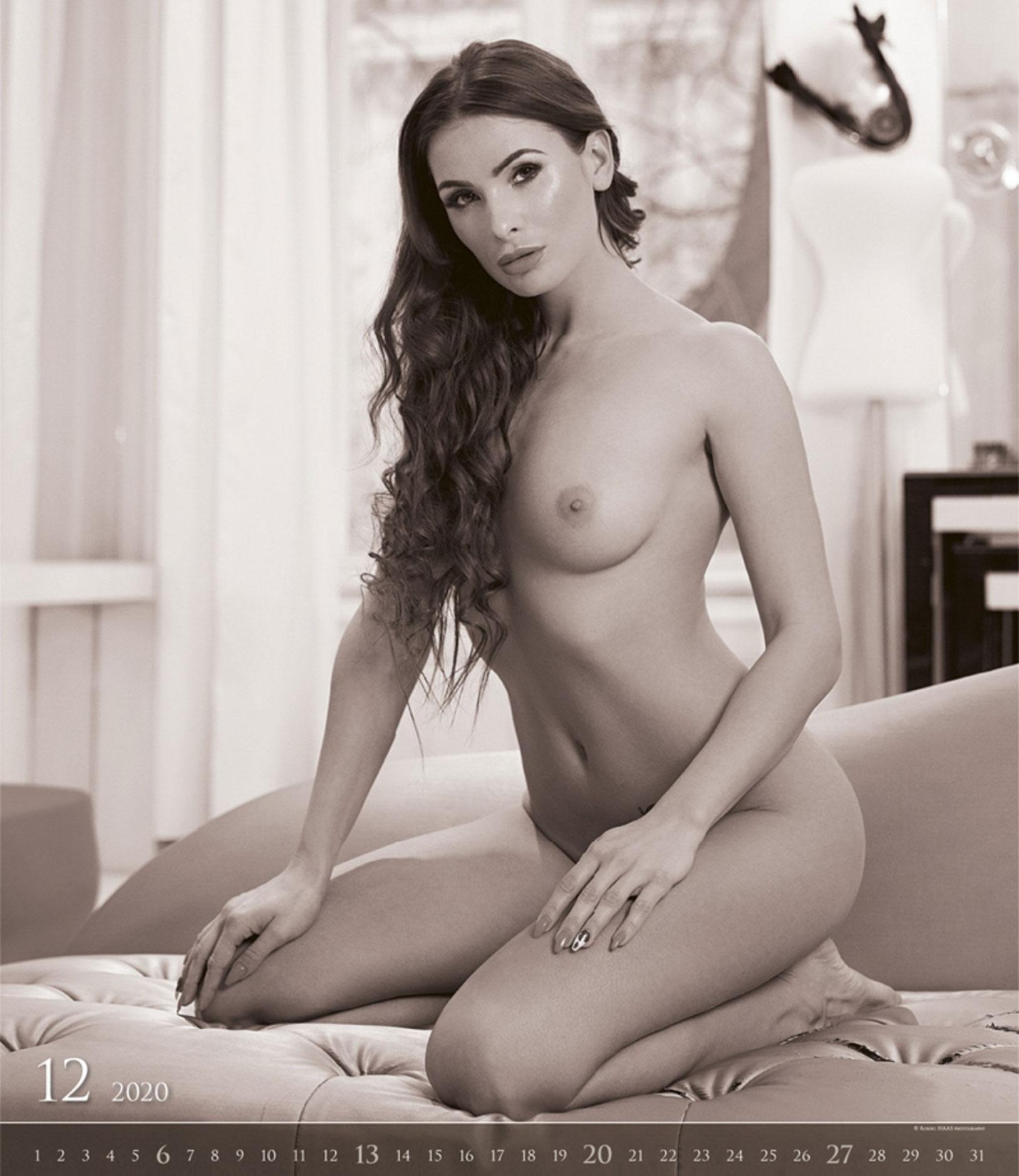 Сексуальные обнаженные девушки в эротическом календаре на 2020 год / декабрь