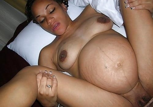 Naked pregnant black girls-1093
