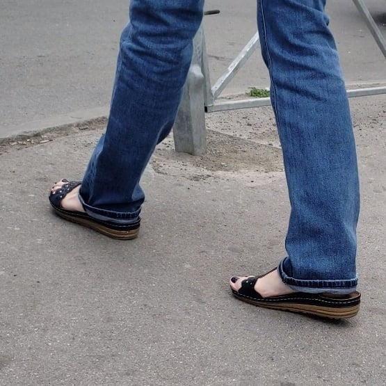 Candid feet porn-4010